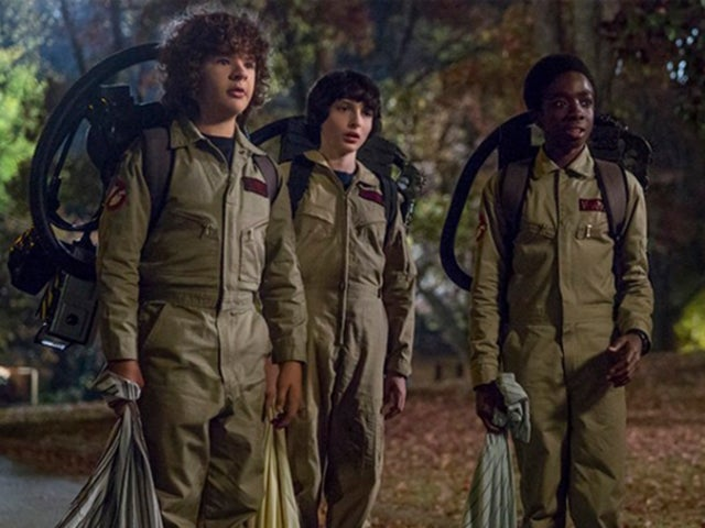 Ghostbusters Creators Give Present To Stranger Things Cast