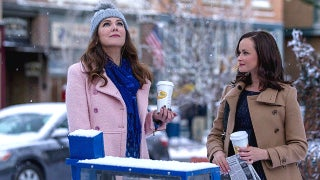 Gilmore-Girls-a-Year-in-the-Life-Netflix-2016-fb