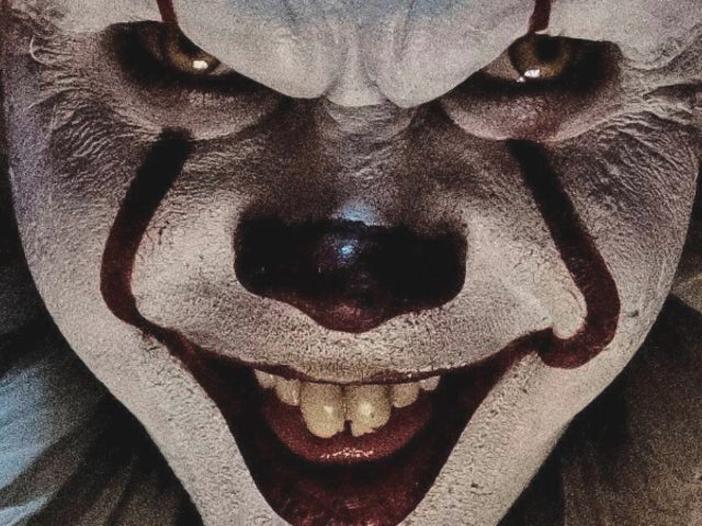 Pennywise Actor Reveals the Origins of His Creepy Smile From 'IT'