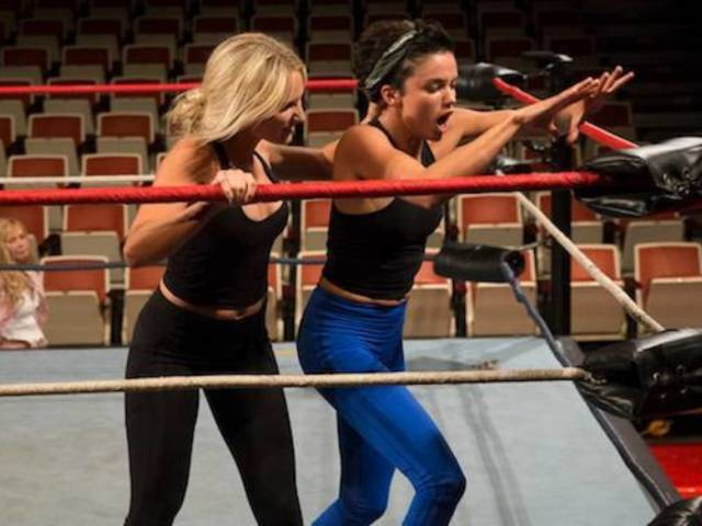 GLOW Wrestlers Bring the Pain to 'The Bachelor'