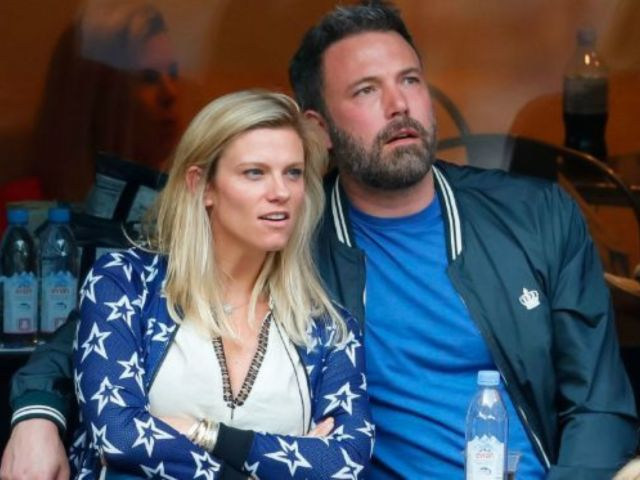 Married Ben Affleck Blasted For Reportedly Wanting to Wed Married Girlfriend