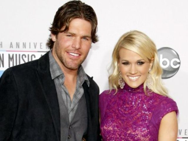 Carrie Underwood Tweets Support for Mike Fisher After Career Announcement