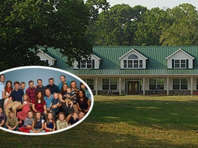Tour All the Places the Duggars and Their Clan Call Home