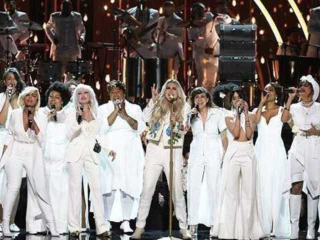 Kesha Tweets 'Thank You' Following Her Grammys Performance