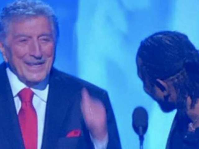 Grammys 2018: Tony Bennett Gives Thumbs up to Kendrick Lamar, Fans Can't Get Enough