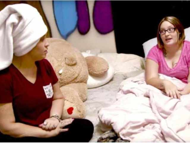 Watch Mama June React to Pumpkin's Pregnancy: 'Are You Gonna Keep It?'