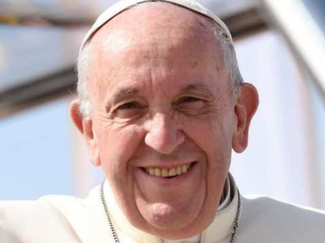 Pope Francis Weds Couple on Airplane