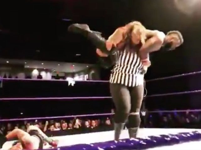 Nia Jax Crushes Cedric Alexander in the Name of Amore