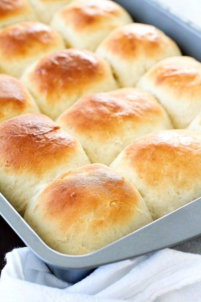 30-minute-easy-dinner-rolls-1