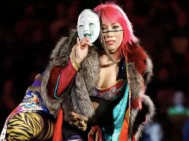 Asuka Experiences Wardrobe Malfunction on RAW