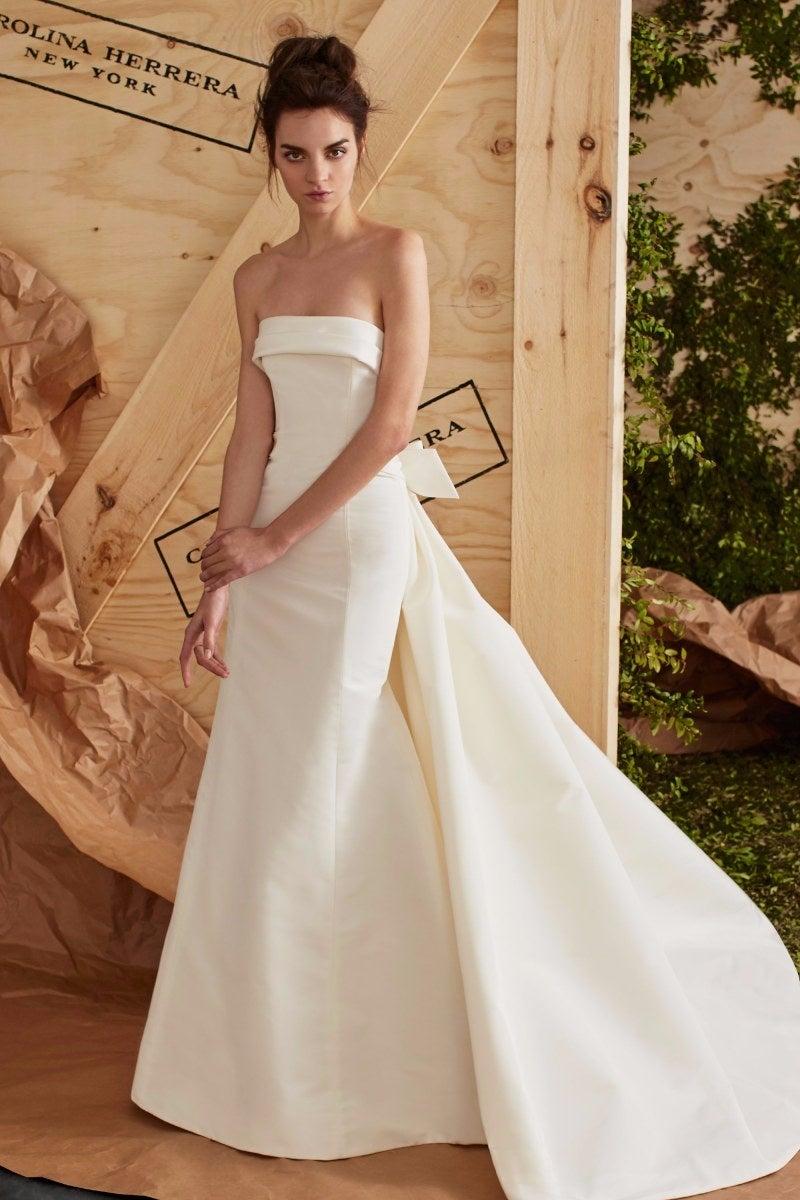 carolina-herrera-ss17-strapless-wedding-dressjpg