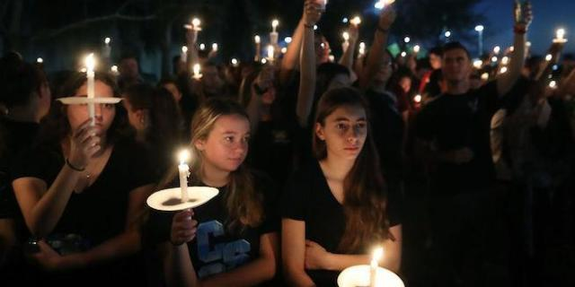 florida-school-shooting-vigil_getty-Mark Wilson : Staff