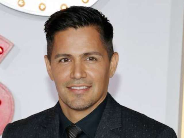 CBS Casts Jay Hernandez as New 'Magnum P.I.'