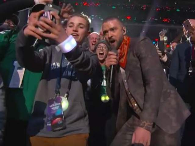 Selfie Kid Spills What Actually Went Down With Justin Timberlake Photo: 'I Jumped Right in There With Him'