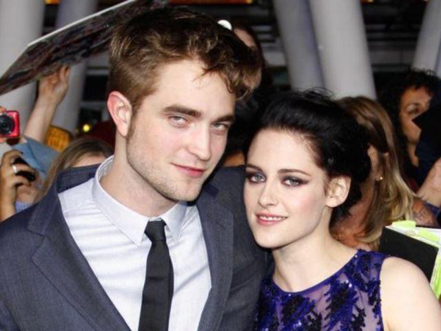 Robert Pattinson and Kristen Stewart Reunite and Fans Freak
