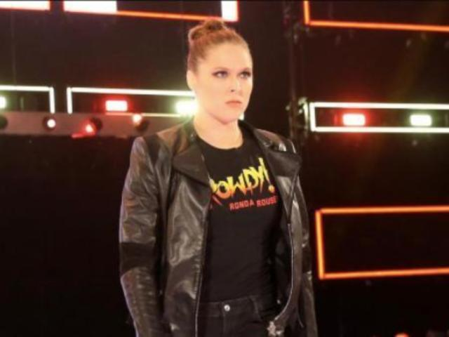 Ronda Rousey Makes Low-Key Threat After Dramatic RAW Debut