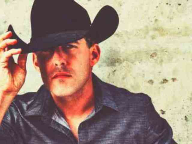 Exclusive: Aaron Watson Shares His Wife's Sweet Response to His 'Graphic' Single, 'Run Wild Horses'