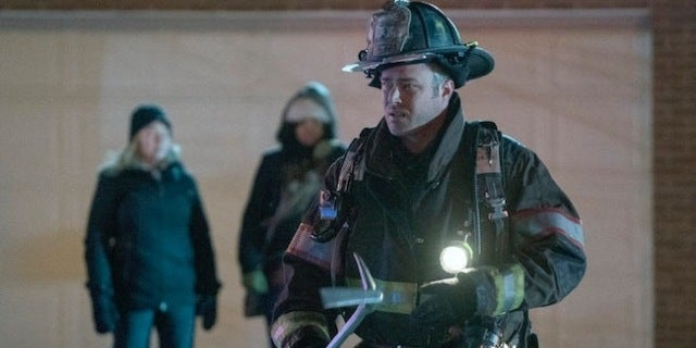chicago-fire-taylor-kinney