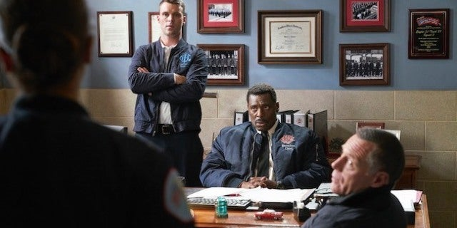 Chicago Pd Crossover