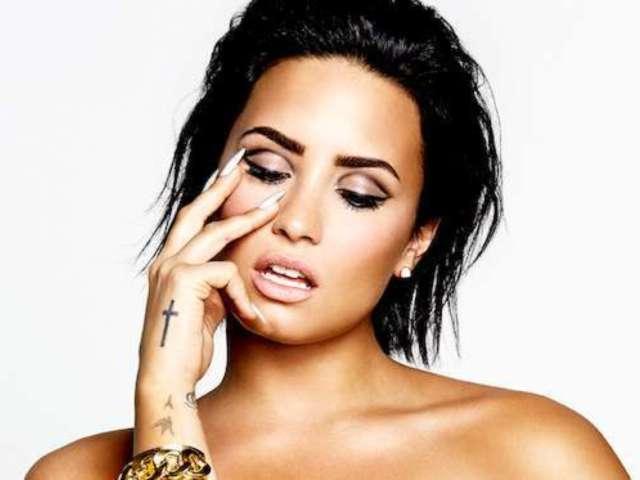 Demi Lovato Flaunts Coachella Curves in New Pool Photo