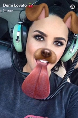 demi-lovato-snapchat-helicopter