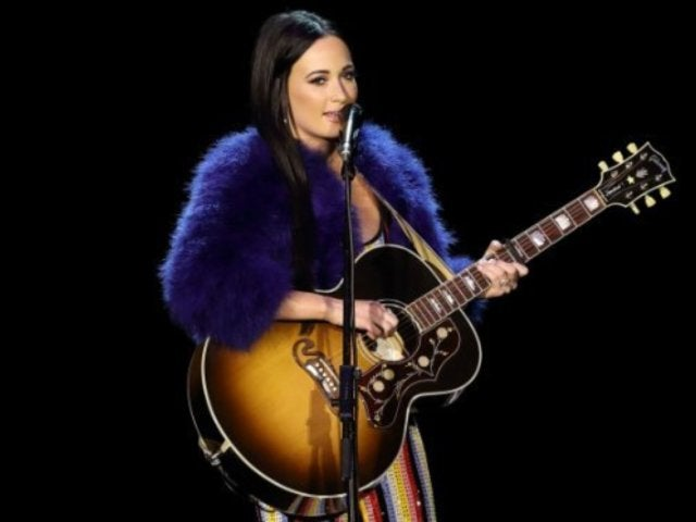 Kacey Musgraves Claps Back at Troll Who Called Her 'Pop Star Garbage'