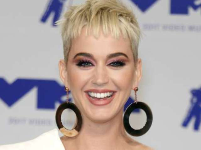 Katy Perry Throws Shade at Taylor Swift During 'American Idol'