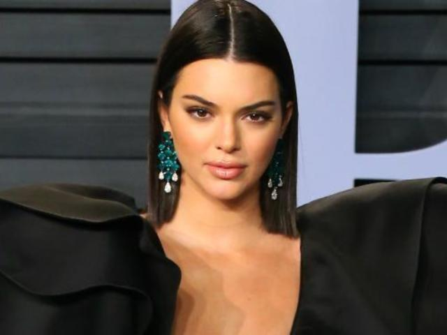 Kendall Jenner's Sleeves Make up Most of Oscars After Party Minidress