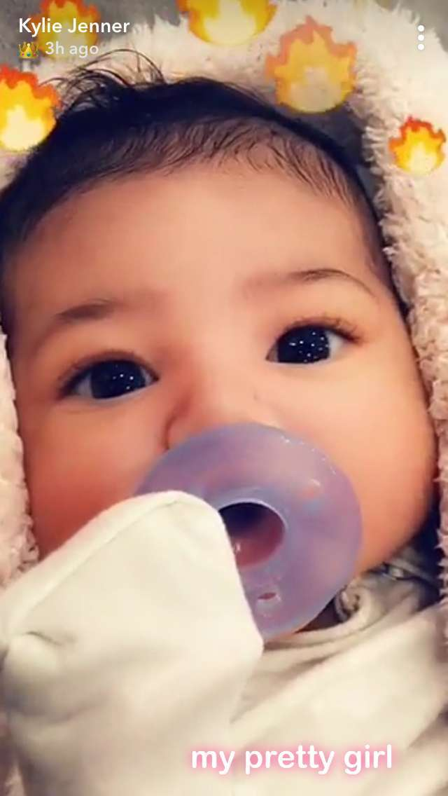 kylie-jenner-stormi-webster-face