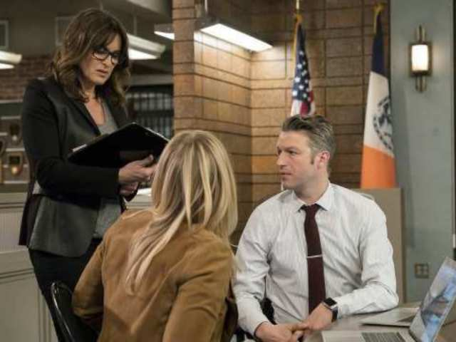 'Law & Order: SVU' Will Tackle Killer Clowns During Next Episode