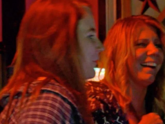 'Sister Wives': Mariah Brown Takes Her Mom to a Gay Bar for the First Time