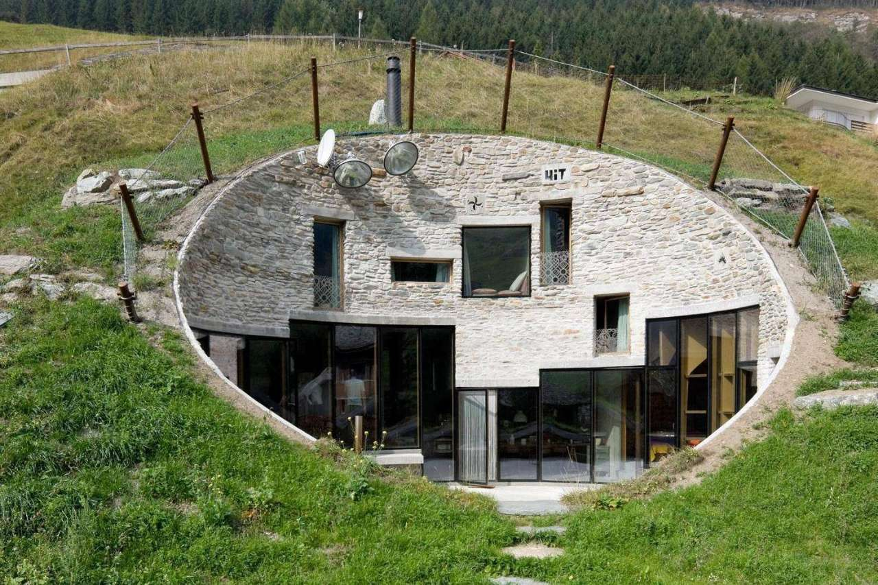 netflix-worlds-most-extraordinary-homes 2