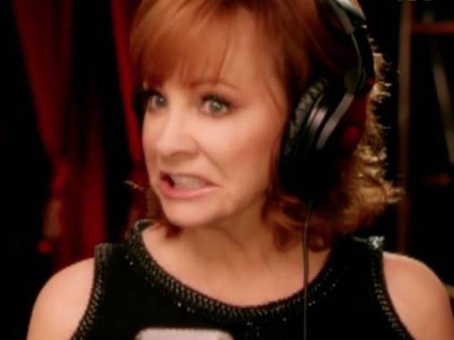 See Reba McEntire Prep for the ACM Awards in Hilarious Promo