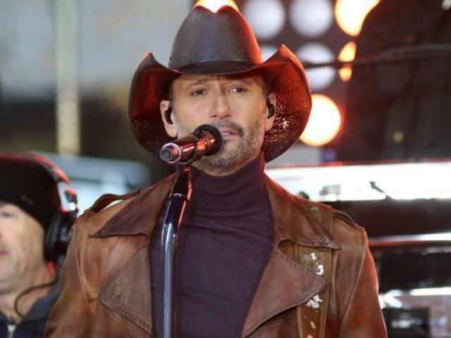 Tim McGraw Returns to US After Dublin Stage Collapse