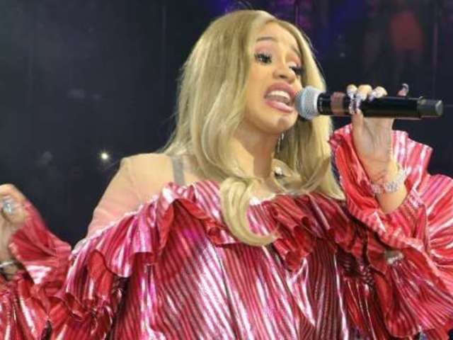 Cardi B Keeps Fans Guessing on Alleged Pregnancy Ahead of 'SNL' Performance