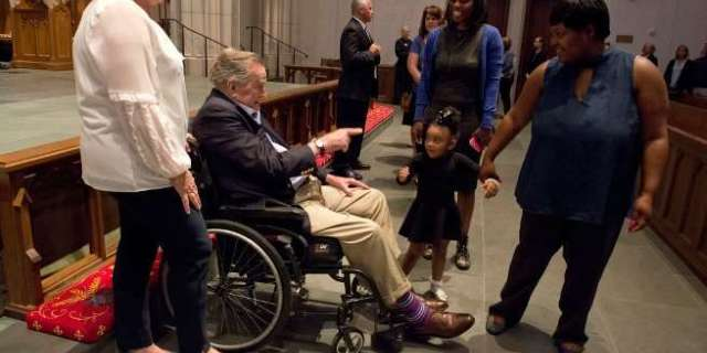 George H.W. Bush 'Touched' by Mourners at Public Viewing of Former First Lady Barbara Bush