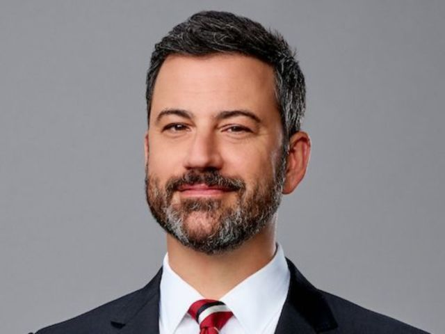 Jimmy Kimmel Apologizes for Homophobic Tweets