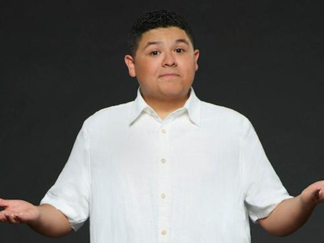 'Modern Family': Manny's Paternity Called Into Question