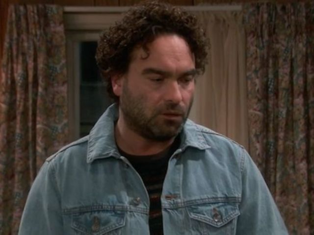 Johnny Galecki Posts Photo With Sara Gilbert After 'Roseanne' Spinoff Series Pickup
