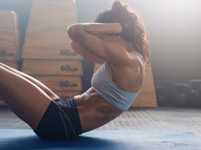 A Shocking Warning for People Who Do Crunches for Flat Abs