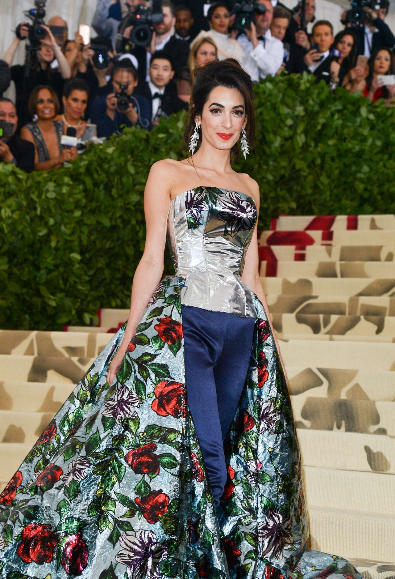 Amal Clooney S Met Gala Outfit Change Infuriates Vogue And