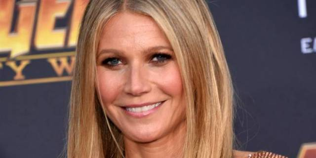 How Gwyneth paltrow fully naked not