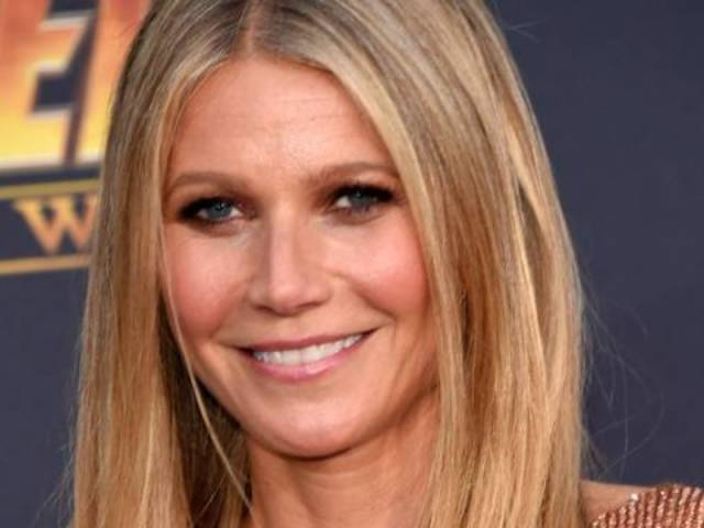 Gwyneth Paltrow Reveals Fully Nude Pregnant Snap for Mother's Day