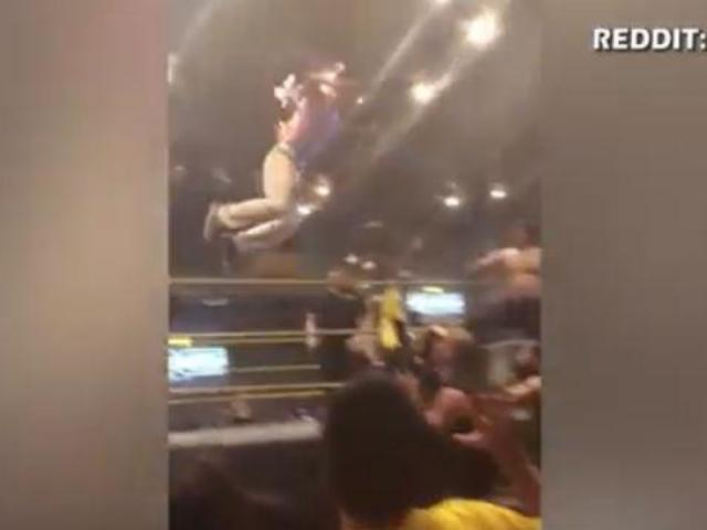 Wrestler Lights Himself on Fire During Match in Philippines