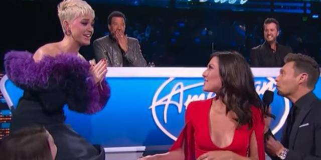 Katy Perry Confirms Relationship Status in Most Awkward Way