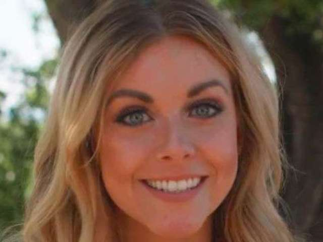 Exclusive: Lindsay Ell Goes Behind the Scenes at Live in the Vineyard Goes Country