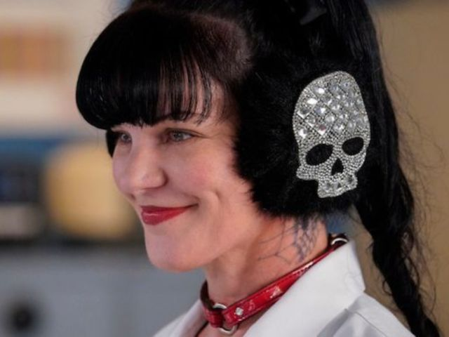 See 'NCIS' Star Pauley Perrette's 'Final Bow' Photo in Her Latest Tweet