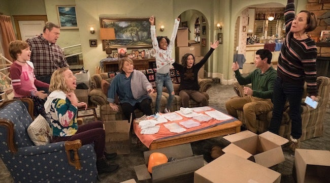 'Roseanne' Cancelled: President Donald Trump Weighs In On ABC's Decision