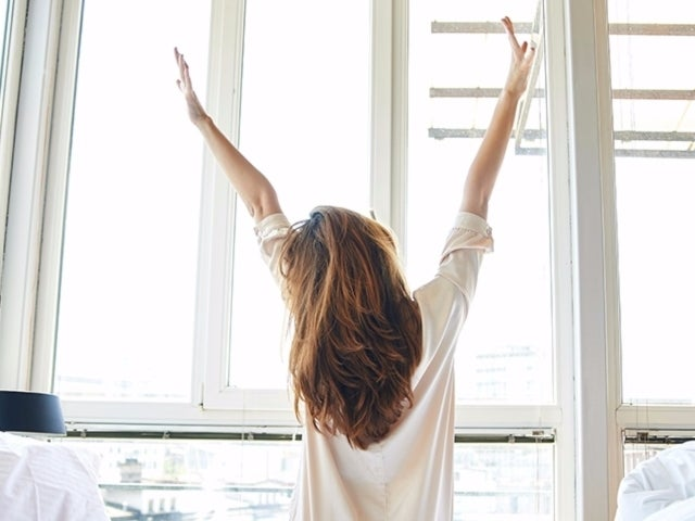 Conquer the Day With 6 Ways to Trick Yourself Into Waking up Early