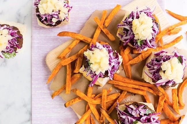 Aloha-Sliders-with-Cajun-Sweet-Potato-Fries_RESIZED-12